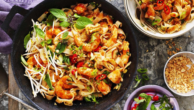 Chicken And Prawn Pad Thai Street Kitchen